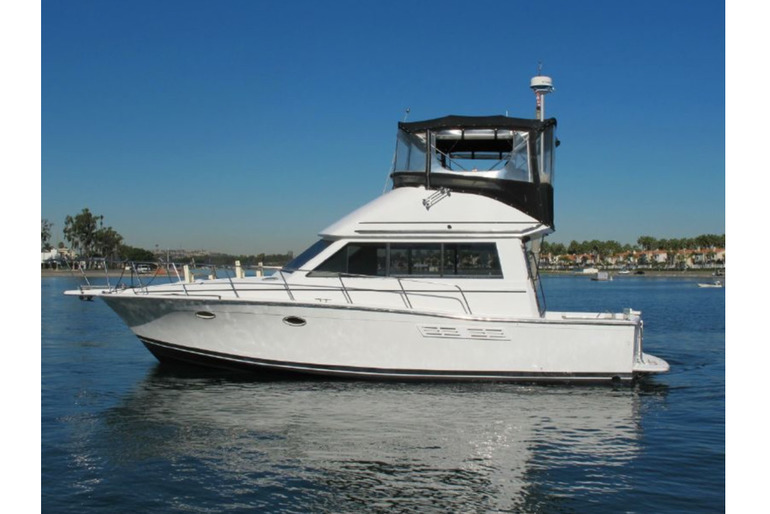 34 ft Islander Cruiser for sale