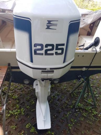 225 Evinrude Ocean Pro V6 Engine two stroke