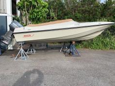 SOLD - Boston Whaler Mischief - Only one in Bermuda