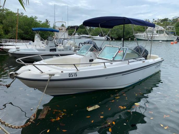 20ft Boston Whaler Ventura 225hp Yamaha Four-Stroke