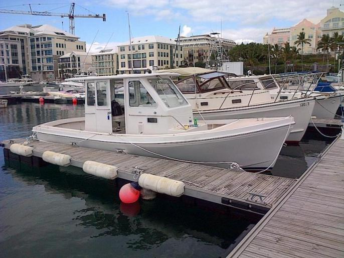 Custom Nauset Marine 25 Pilot House -
