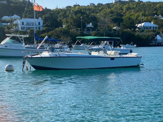 REDUCED - 25' Center Console Diesel Power