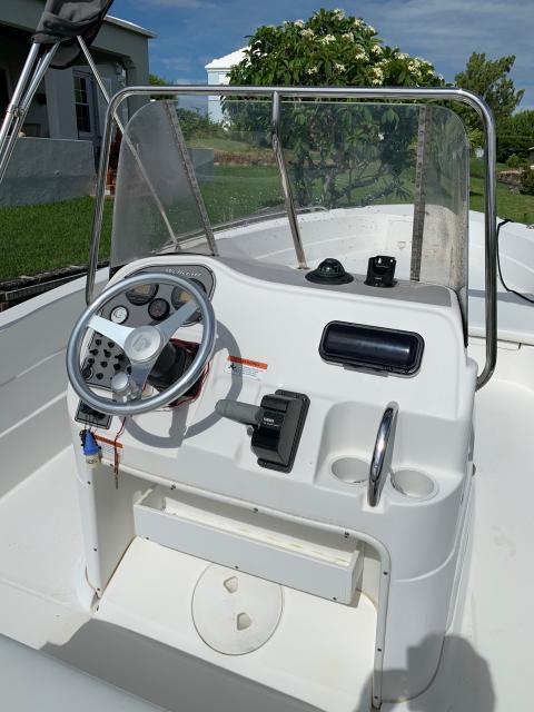 20ft Wellcraft Sport Fisherman CC w/ 200hp Yamaha Four-Stroke