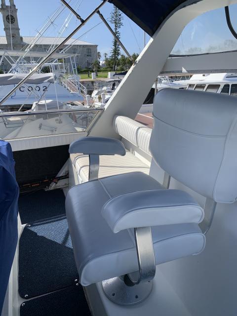 REDUCED - Carver 430 Cabin Cruiser